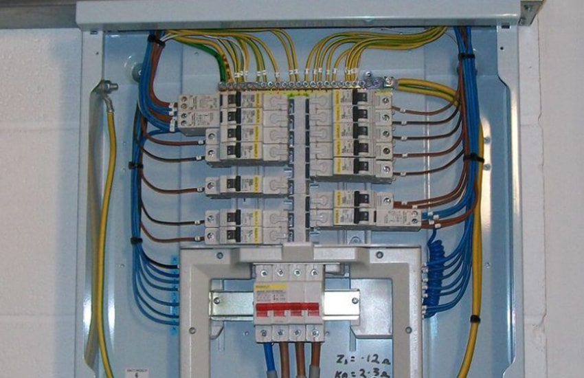 distribution board change bradley stoke electrical rh bradleystokeelectrical co uk Panel Distribution Board Power Distribution Board