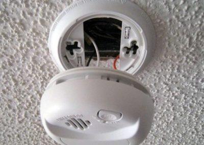 Mains powered smoke alarms